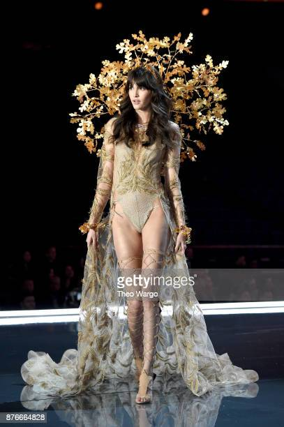 Vanessa Moody walks the runway during the 2017 Victoria's Secret Fashion Show In Shanghai at MercedesBenz Arena on November 20 2017 in Shanghai China