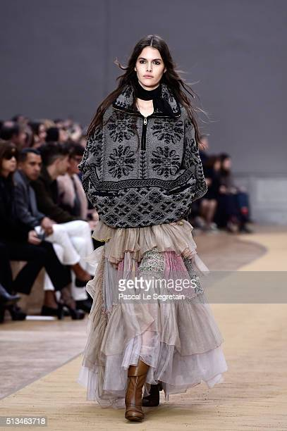 Vanessa Moody walks the runway during the Chloe show as part of the Paris Fashion Week Womenswear Fall/Winter 2016/2017 on March 3 2016 in Paris...