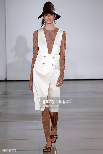 Vanessa Moody walks the runway during the Jil Sander Ready to Wear fashion show as part of Milan Fashion Week Spring/Summer 2016 on September 26 2015...