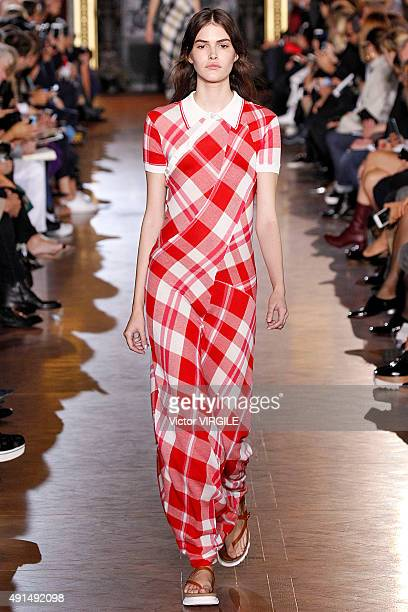 Vanessa Moody walks the runway during the Stella McCartney Ready to Wear show as part of the Paris Fashion Week Womenswear Spring/Summer 2016 on...