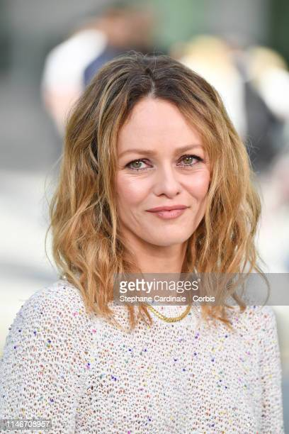Vanessa Paradis attends the Chanel Cruise Collection 2020 : Photocall At Grand Palais on May 03, 2019 in Paris, France.