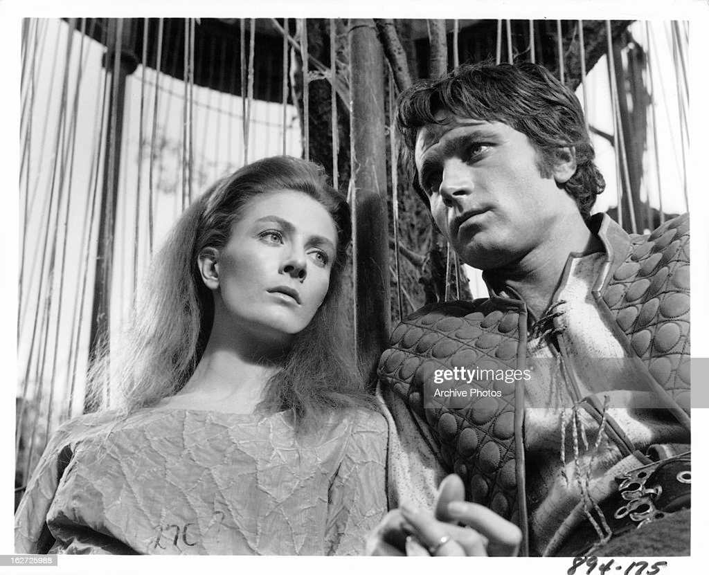 vanessa redgrave and franco nero in camelot pictures