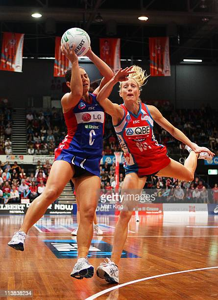 Vanessa Ware of the Swifts challenges Temepara George of the Mystics during the ANZ Championship Semi Final match between the Swifts and the Mystics...