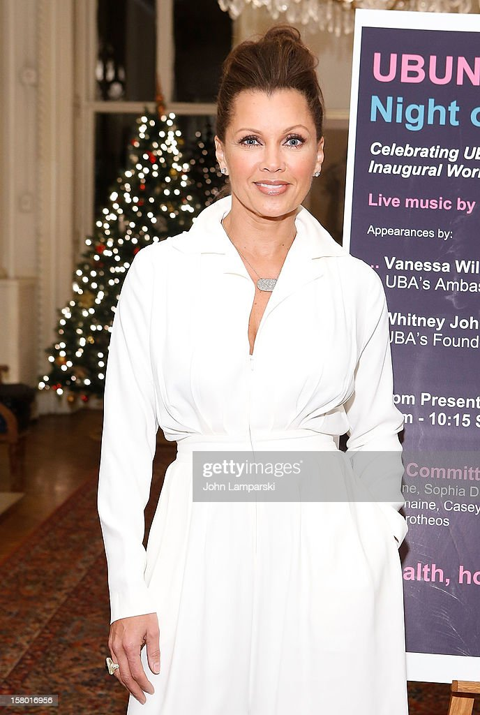 Vanessa Williams attends the 2012 Ubuntu Africa Worlds AIDS Day Benefit at Salmagundi Arts Club on December 8, 2012 in New York City.