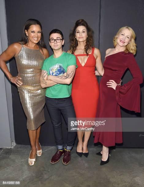 Vanessa Williams Christian Siriano Gina Gershon and Patricia Clarkson pose backstage for the Christian Siriano fashion show during New York Fashion...