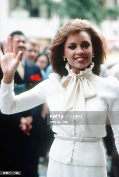 Vanessa Williams poses for photographers September 19 1983 after being crowned Miss America