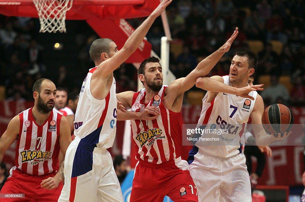 Olympiacos Piraeus v CSKA Moscow - Turkish Airlines Euroleague Top 16
