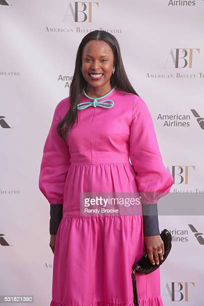 Vania Leles attends the 2016 American Ballet Theatre Spring Gala at The Metropolitan Opera House on May 16 2016 in New York City