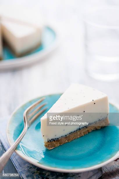 Vanilla and poppy seed cheese cake