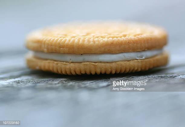 Vanilla Creme Sandwich Cookie