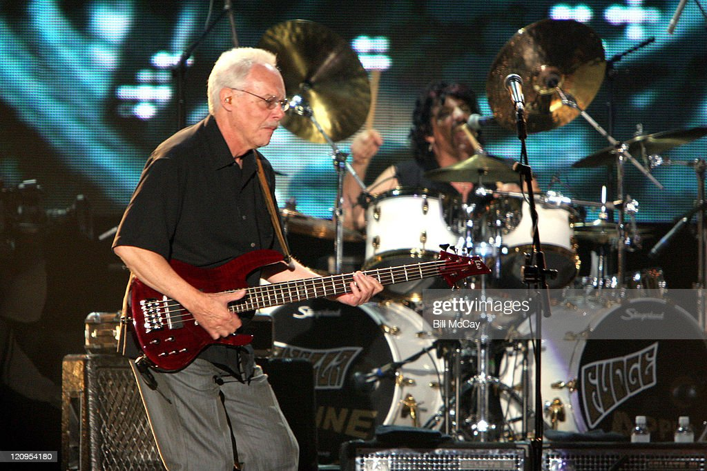 Vanilla Fudge bassist Tim Bogert and drummer Carmine Appice perform a tribute to the Doors  sc 1 st  Getty Images & VH1 Classic Presents