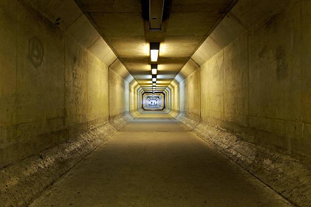 Vanishing point tunnel