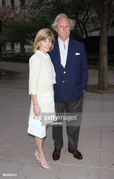 Vanity Fair editor Graydon Carter and wife Anna Scott Carter attend the Vanity Fair Party during the 9th Annual Tribeca Film Festival at New York...