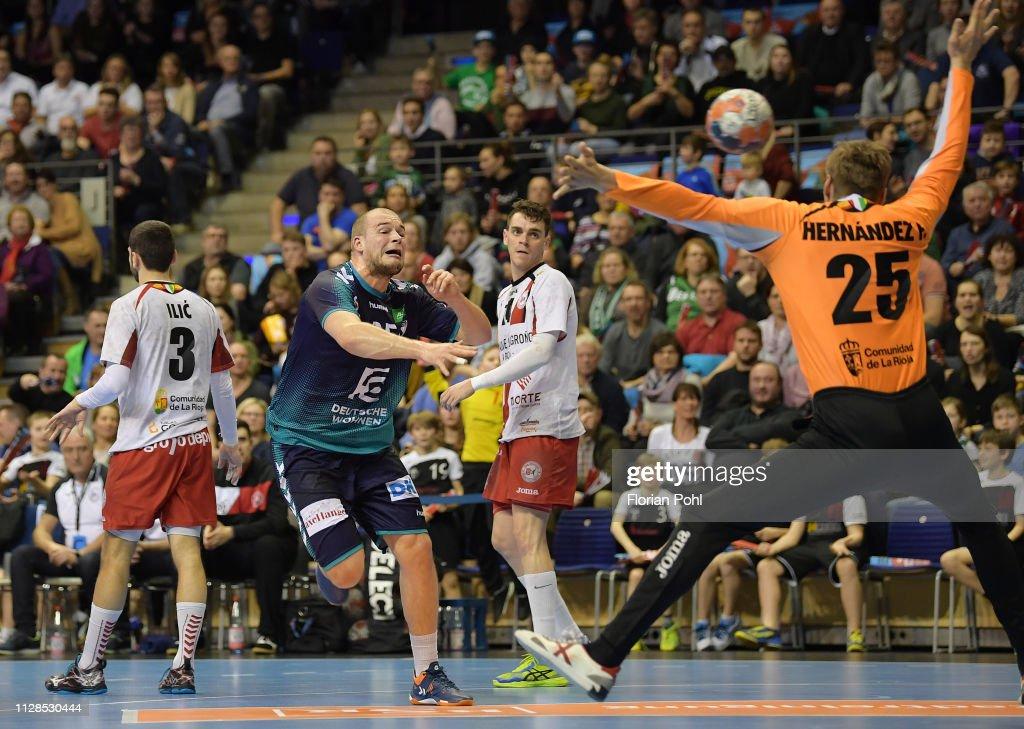 Füchse Berlin v BM Logrono La Rioja - EHF Cup   News Photo 55b436e5a8db9