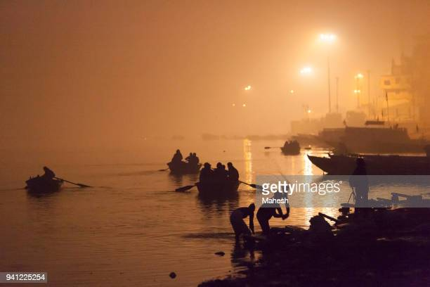 varanasi during dawn - river ganges stock pictures, royalty-free photos & images