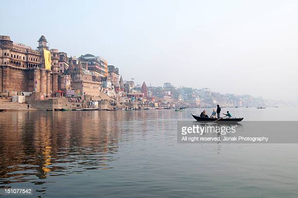 varanasi ghat - river ganges stock pictures, royalty-free photos & images