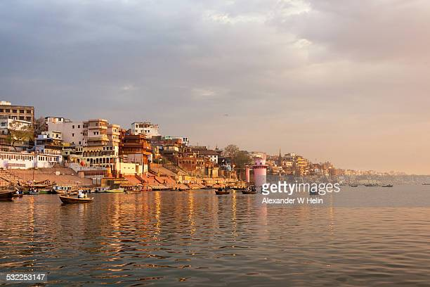 varanasi sunrise - ghat stock pictures, royalty-free photos & images