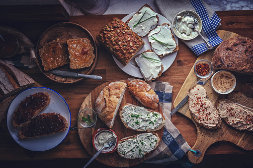Variation of Fresh Homemade Brown Bread, Seed Bread and Sourdough Bread - gettyimageskorea