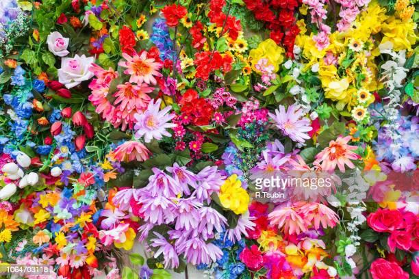 various color flower background wall - mazzo di rose foto e immagini stock