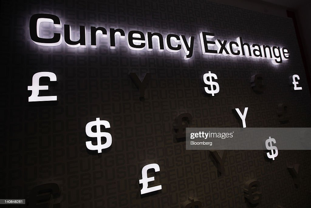 Foreign Currency At A Travelex Exchange Photos And Images Getty Images