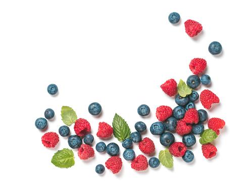 Various fresh summer berries copyspace 1005833574