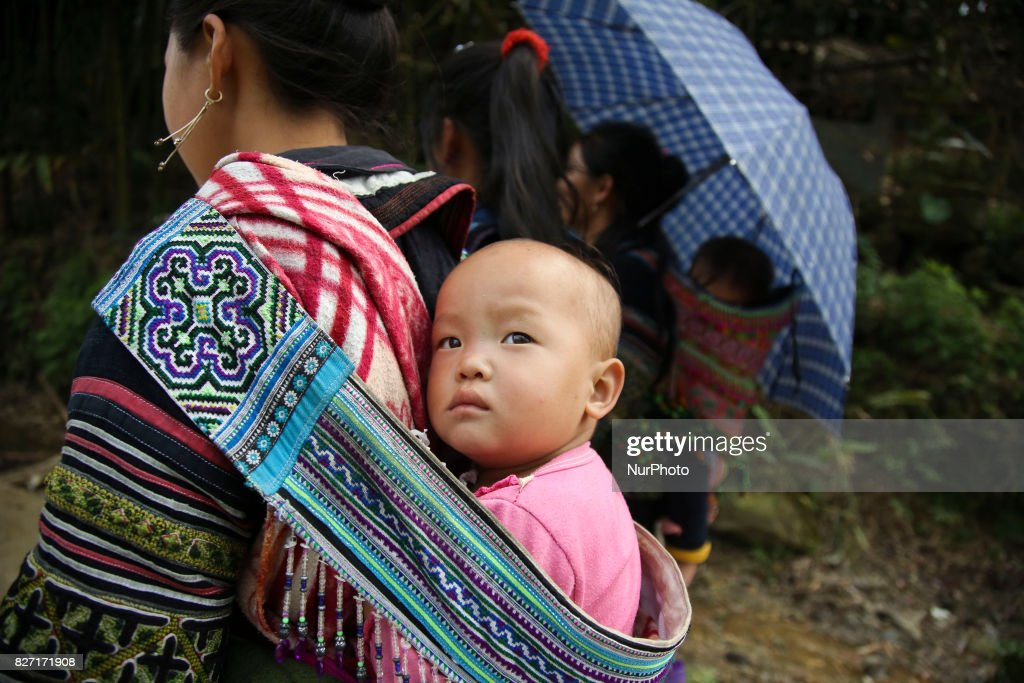 Ethnic group Hmong in Sapa area, Vietnam : ニュース写真