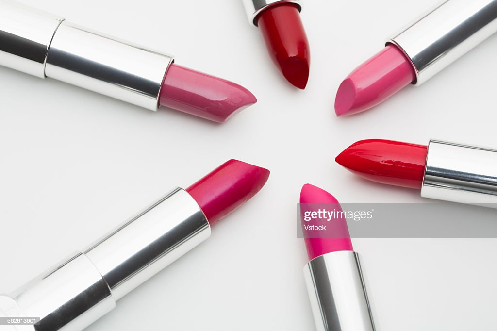 Various lipsticks on white background : Foto de stock