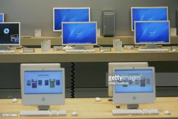 Various models of Apple computers are seen in an underground Apple Store on Fifth Avenue May 18 2006 in New York City The 25000squarefoot Apple...