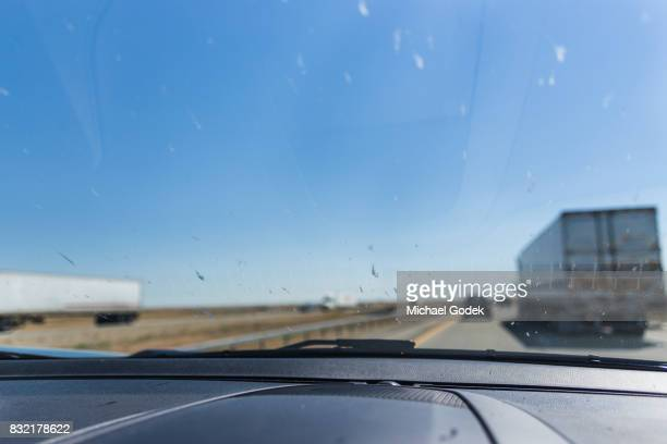 various road trip environmental scenes - windshield stock pictures, royalty-free photos & images