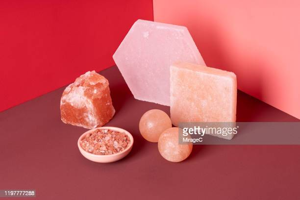 various shapes of himalayan salt - salt mineral stock pictures, royalty-free photos & images