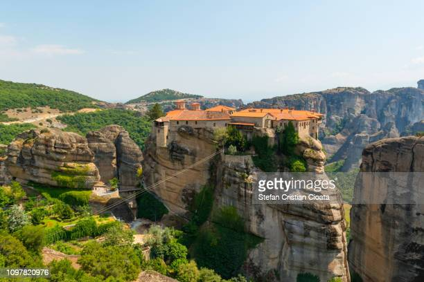 varlaam monastery at meteora, greece - meteora stock pictures, royalty-free photos & images