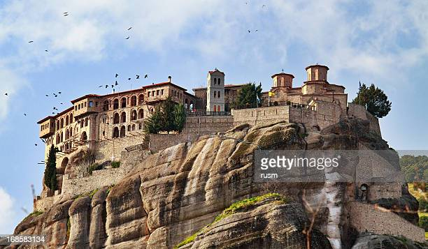 varlaam monastery, meteora, greece - meteora stock pictures, royalty-free photos & images