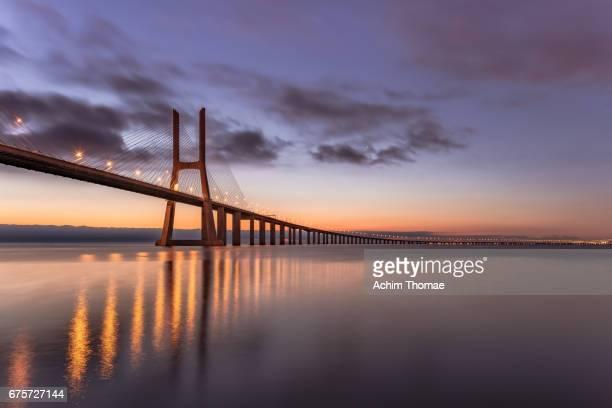 vasco da gama bridge, lisbon, portugal, europe - エウロパ ストックフォトと画像