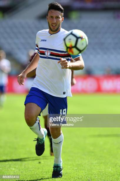 Vasco Regini of UC Sampdoria in action during the Serie A match between Torino FC and UC Sampdoria at Stadio Olimpico di Torino on September 17 2017...