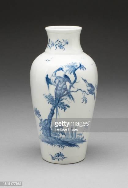 Vase, Worcester, circa 1755. Artist Royal Worcester.
