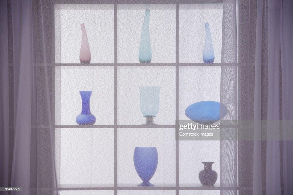 Vases on a window sill : Stockfoto
