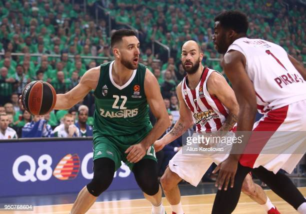 Vasilije Micic #22 of Zalgiris Kaunas competes with Vassilis Spanoulis #7 of Olympiacos Piraeus in action during the Turkish Airlines Euroleague Play...