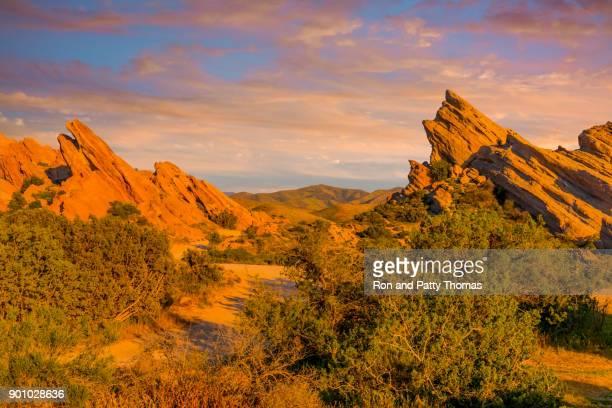 vasquez rocks natural area park, california (p) - santa clarita stock photos and pictures