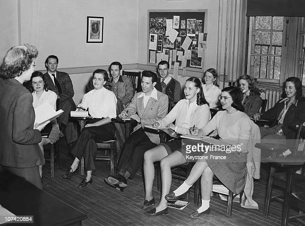 Vassar College Veterans Back To School At New York In Usa On 1946