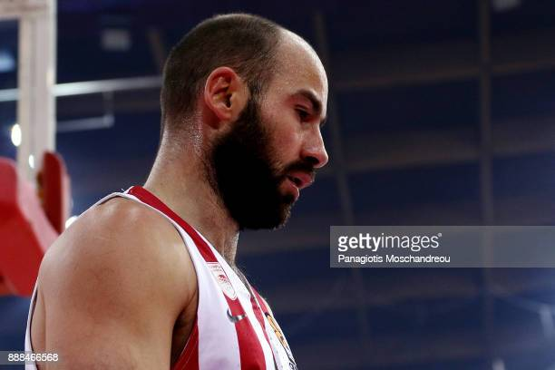 Vassilis Spanoulis #7 of Olympiacos Piraeus react during the 2017/2018 Turkish Airlines EuroLeague Regular Season Round 11 game between Olympiacos...