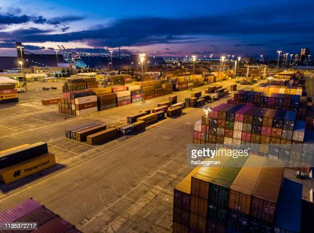 vast container terminal at twilight - aerial - port of los angeles stock pictures, royalty-free photos & images