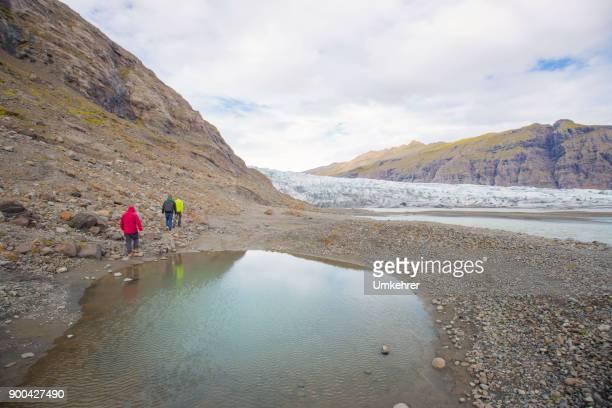 vatnajökull-gletscher in island - umkehrer stock-fotos und bilder