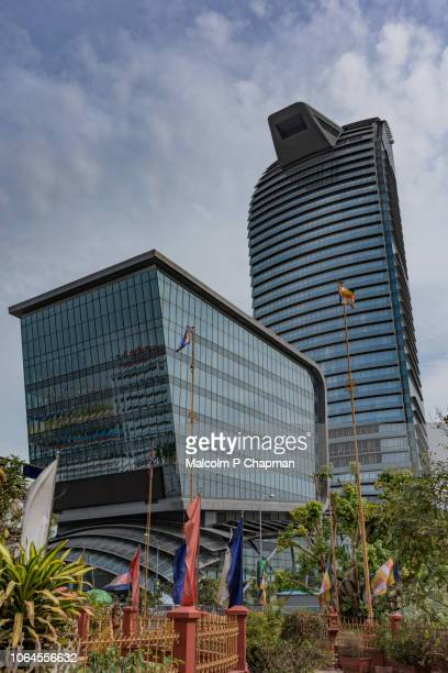 vattanac capital tower, phnom penh, cambodia - phnom penh stock pictures, royalty-free photos & images