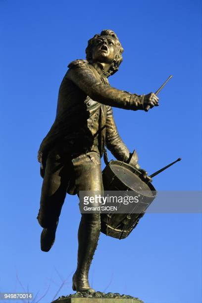 Vaucluse Cadenet n the regional natural park of Luberon drumer of Arcola one of Napoleon battle in Italy Andre Estienne statue in bronze sculpture by...
