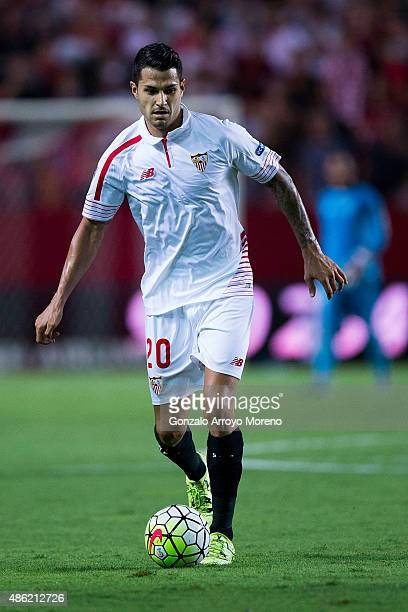 Vctor Machin alias Vitolo of Sevilla FC controls the ball during the La Liga match between Sevilla FC and Club Atletico de Madrid at Estadio Ramon...