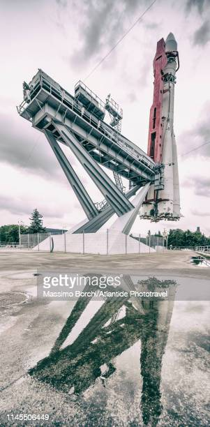 vdnkh, exhibition of achievements of national economy amusement park, view of the model of the rocket vostok-1 - 1961 stock pictures, royalty-free photos & images