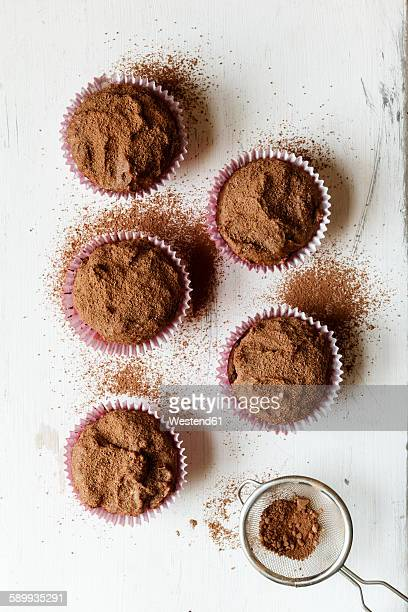 Vegan chocolate muffins, sugar-free and full-value