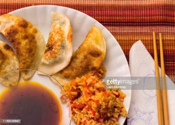 vegan dumplings - tikka masala stock pictures, royalty-free photos & images