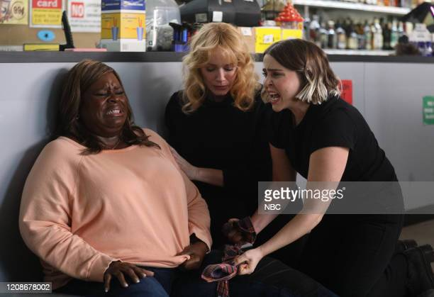 "Vegas, Baby"" Episode 307 -- Pictured: Retta as Ruby Hill, Christina Hendricks as Beth Boland, Mae Whitman as Annie Marks --"