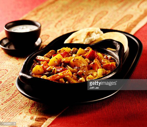 Vegetable balti with naan bread